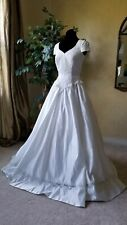 White wedding dress gown Size 8