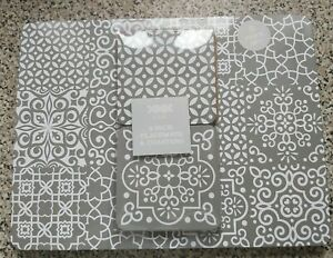 8 Pack Geo Grey Print Placemats and Coasters