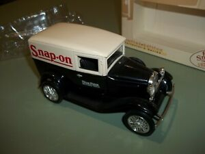 Snap On Tools 1929 Ford Model A Delivery Van Die Cast Limited Edition Bank