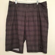 Oakley Men's Size 38 Gray Plaid Casual Golf Shorts Athletic Loose Fit Poly GUC