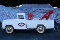 Tonka AA Tow Service Truck Wrecker - pressed steel - Made in USA repainted