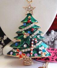 BETSEY JOHNSON BEAUTIFUL ORNATE GREEN CHRISTMAS TREE PENDANT CHAIN NECKLACE