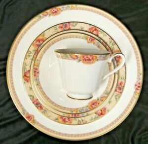 Royal Doulton Darjeeling 5pc place setting - 5 complete sets available