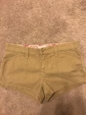 Women's Abercrombie And Fitch Khaki Shorts Size 6