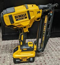 DEWALT DCN660 20V 16 GA ANGLED FINISH NAILER W/ BATTERY-NO CHARGER-PRE-OWNED