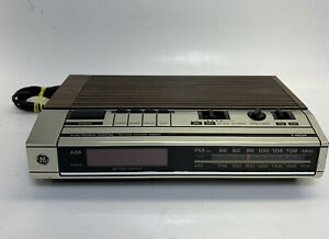 GE 7-4634B Vintage Wood-Grain AM FM Clock Radio Alarm Snooze W Red Display
