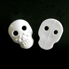15 Large Skull Novelty Craft DIY Decor Halloween Sewing Buttons White 22mm K556