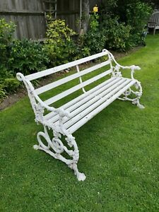 Beautiful Classic Coalbrookdale garden bench patio furniture vintage