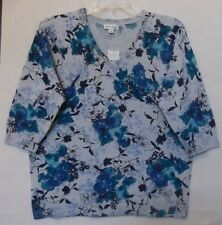 Studio Works Size 1X Blue Floral sweater knit top, V neck, 3/4 sleeves NWT