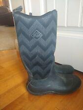 Muck Boot Company;Womens Hale Chevron Print Boot;Ladies size 9; Black/gray