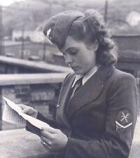 WW2 Photo German Female Luftwaffe Soldier WWII Germany World War Two