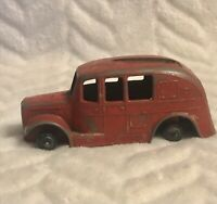 DINKY TOYS OLD FIRE ENGINE MISSING ITS LADDER AND WHEELS VINTAGE