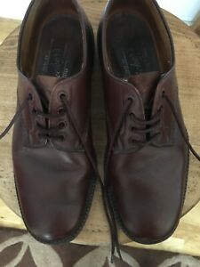 TRICKERS MENS SHOES Brown size 8