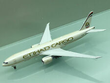 Phoenix 1/400 Etihad Cargo Boeing 777-200F A6-DDB die cast metal model