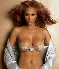 TYRA BANKS 8X10 GLOSSY PHOTO PICTURE