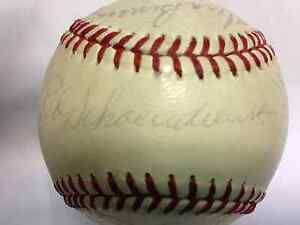 1973 St Louis Cardinals Signed Team Baseball(23 sigs) w/Gibson,Brock,Torre,Red S
