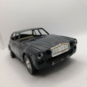 Polistil jaguar XJ 6L 1:25 Banger Racing model