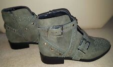 RIVER ISLAND KHAKI STUDDED SIDE BUCKLE ANKLE BOOTS