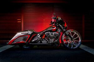BAGGER Harley Davidson FLHXS Street Glide Special Custom
