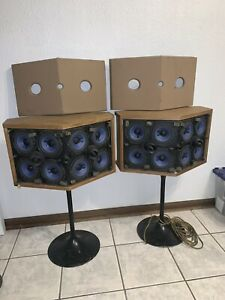 Bose 901 Series VI Rare Blonde Walnut Speakers, With Tulip Stands
