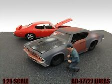 MECHANIC LUCAS FIGURE FOR 1:24 SCALE DIECAST MODEL CARS AMERICAN DIORAMA 77727