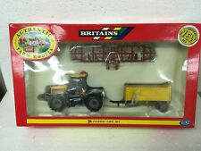 Britains 09672 JCB Fastrac gift set, mint in box 1/32 scale