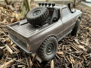 Spare Tire Mount For Axial SCX24 Chevy C10 Rock Crawler