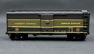 N SCALE INTERMOUNTAIN CANADIAN NATIONAL THROUGH BAGGAGE 40' EXPRESS CAR CUSTOM