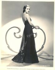 SUPERB 1938 DOROTHY LAMOUR PHOTO IN EXCELLENT- COND.