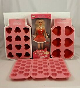 💝 1997 BARBIE VALENTINE DATE + FREE SILICONE HEART BAKING PANS  NRFB #18306💕