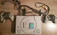 Playstation 1 - mit 2 orig. Controllern + Memory Cards - 6 Spiele + Alle Kabel
