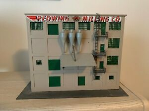 HO  SCALE REDWING MILLING COMPANY MADE OUT OF PLASTIC