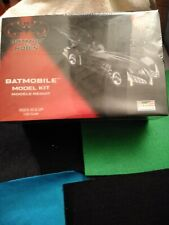 Revell Batman & Robin Batmobile Plastic Model Kit Sealed Mib 1997