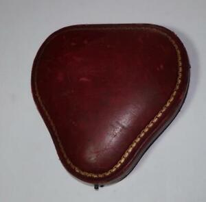 OLD JEWELLERY PRESENTATION BOX UNUSUAL HEART? SHAPE FOR PENDANT + CHAIN?