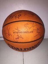 Memphis Grizzlies 2002 TEAM AUTOGRAPHED NBA BASKETBALL (GASOL,WRIGHT,BATTIER)