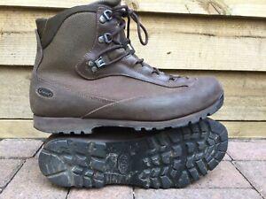 British Army AKU Pilgrim Goretex Lined Waterproof Combat Boots UK Size 10M
