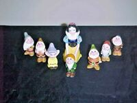Rare Kneeling Snow White & The 7 Dwarfs Figurines Walt Disney Productions Japan