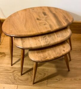 Ercol No. 354 Pebble Nest Of Tables. English 1960'S  MCM