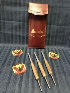 3 VINTAGE METAL DARTS WITH ACCUDART LEATHER CASE