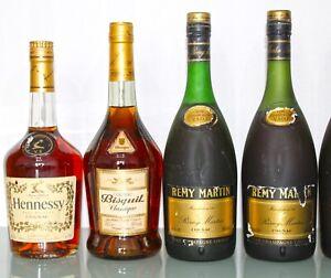 8 x Cognac: Remy Martin 1970s, Hennessy, Bisquit, Comte Joseph 0,7l. 40,0%vol.