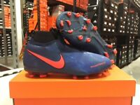 Nike Junior Phantom Vision Elite DF FG/MG Cleats (Blue/Black) Size: 4-6 Y NEW!