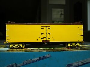 WESTERFIELD ACF TYPE III 40 FT REEFER - MILWAUKEE ROAD CMSTP&P DECALS - HO SCALE