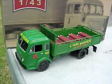 IXO 1/43 CAMION SIMCA CARGO 1959 Benne transport bouteille de gaz!!