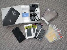 MICROSOFT LUMIA 950 Cellulare + Accessori, Nero, Sbloccato (perfette cond)