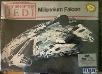 Vintage Star Wars Millennium Falcon Commemorative MPC Model Return of the Jedi