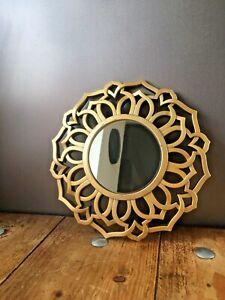 LOVELY DECORATIVE MODERN WOVEN GOLD PLASTIC FRAME - SCANDI MID CENTURY VINTAGE