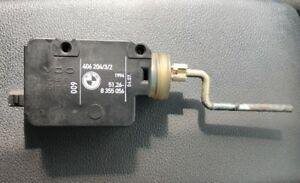 BMW E34 5 Series Fuel Flap Locking Solenoid 8355056. From a 1994 Vehicle ((G8))