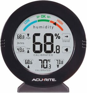 AcuRite 01080M Pro Accuracy Humidity and Temperature Gauge with Alarms