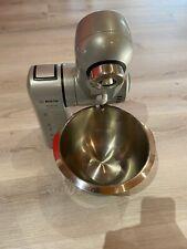 Bosch MUM 84 Professional Küchenmaschine mit viel Zubehör