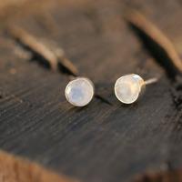 Handmade 925 Sterling Silver Moonstone Gemstone Circle Stud Earrings